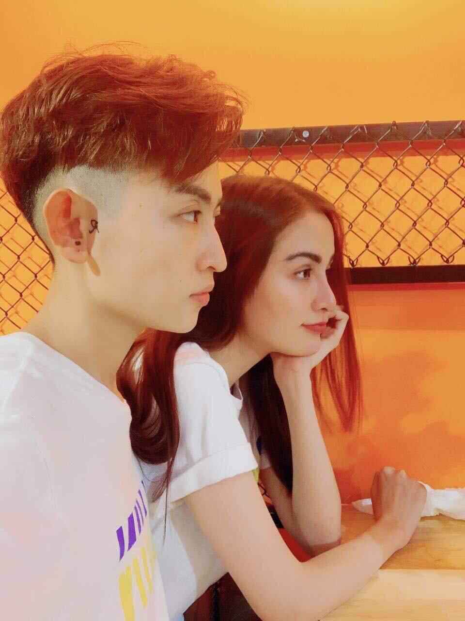 Những hình ảnh được rò rỉ khiến dân mạng đồn đoán Hoa hậu Diễm Hương đang trong một mối quan hệ tình cảm đồng tính nữ.-6
