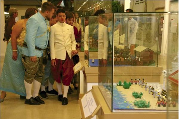 Cuộc sống của Hoàng tử nhỏ và Vương phi Thái Lan bị phế truất giờ ra sao sau 5 năm hai mẹ con bị chia tách khiến nhiều người xót xa?-12