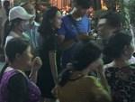 Đêm cuối cùng đám tang cố diễn viên Anh Vũ: Nghệ sĩ lặng người, không giấu được xúc động trước linh cữu-20
