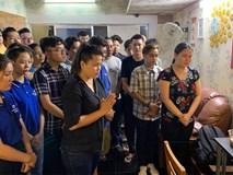 Rơi nước mắt với điều đặc biệt mà Hồng Vân làm cho nghệ sĩ Anh Vũ trước lễ động quan