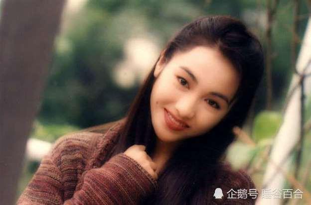 Lê Tư hồi trẻ đẹp thế nào mà Trương Bá Chi phải nói: Ở Hong Kong tôi chỉ thừa nhận cô ấy đẹp hơn tôi-10