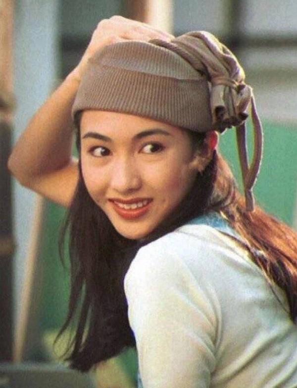 Lê Tư hồi trẻ đẹp thế nào mà Trương Bá Chi phải nói: Ở Hong Kong tôi chỉ thừa nhận cô ấy đẹp hơn tôi-3