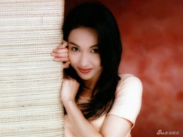 Lê Tư hồi trẻ đẹp thế nào mà Trương Bá Chi phải nói: Ở Hong Kong tôi chỉ thừa nhận cô ấy đẹp hơn tôi-5