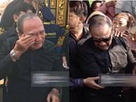 Bố mẹ Anh Vũ không đứng vững, rơi nước mắt vì đau xót trong lễ an táng con trai