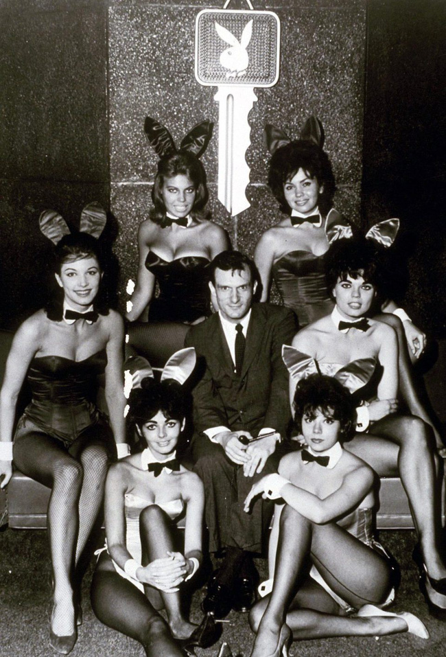 Thì ra ông trùm Playboy lấy 3 vợ, coi tình yêu như cỏ rác và qua đêm với cả ngàn người tình là vì lý do bất ngờ này-2