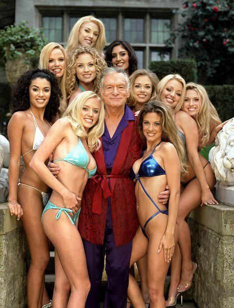 Thì ra ông trùm Playboy lấy 3 vợ, coi tình yêu như cỏ rác và qua đêm với cả ngàn người tình là vì lý do bất ngờ này-6