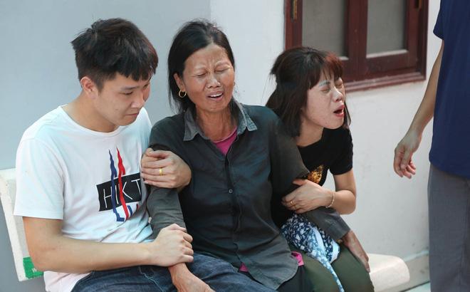 Cảnh éo le của gia đình 4 người tử vong trong vụ cháy: Sống ở gian bếp chỉ chừng 6m2-1
