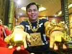 Ông chủ ở Sài Gòn đeo 100 lượng vàng trị giá 4 tỷ chỉ để bán ốc-5