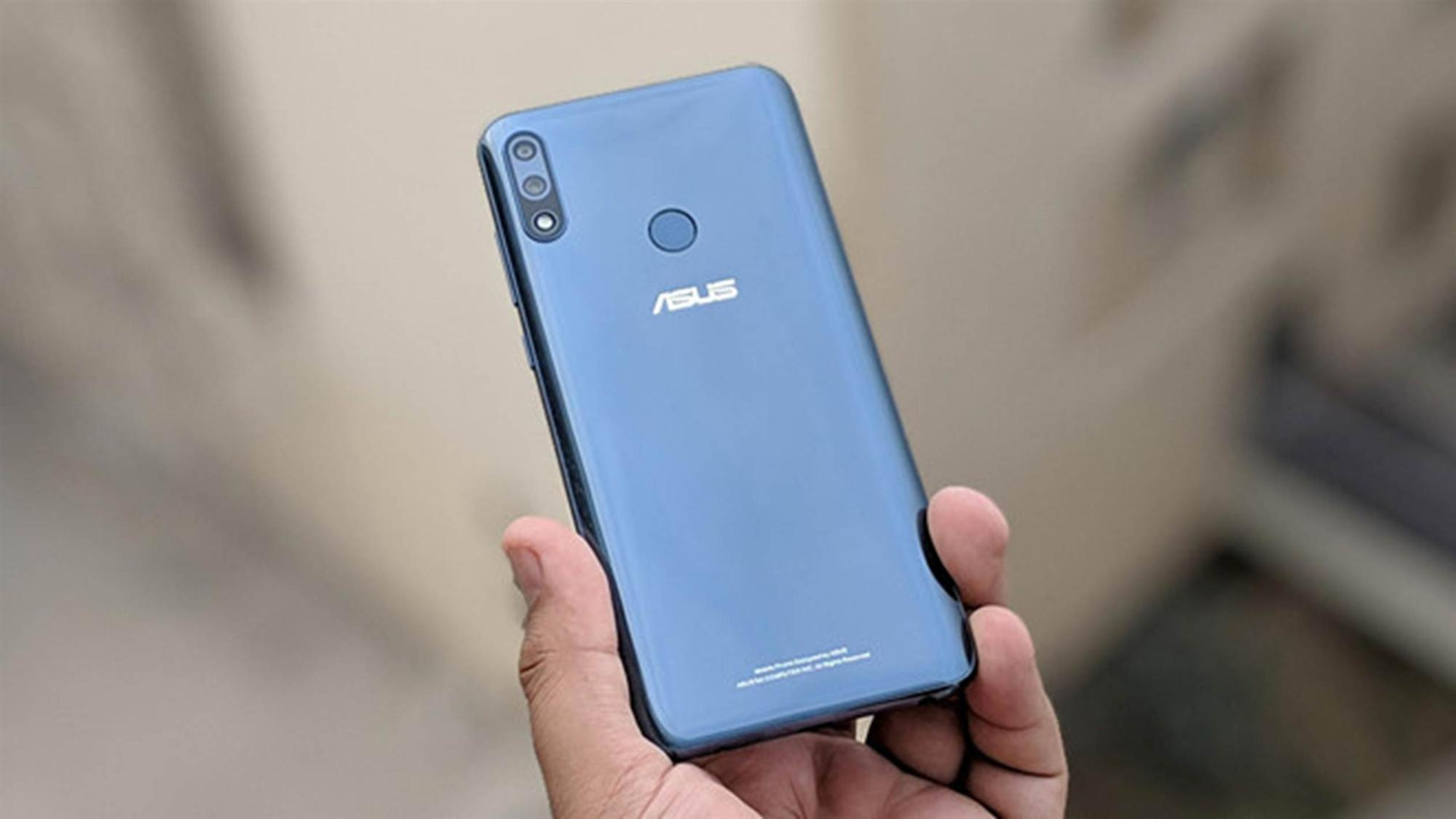 Loạt smartphone pin trâu, giá dưới 5 triệu đồng đang bán tại VN-2