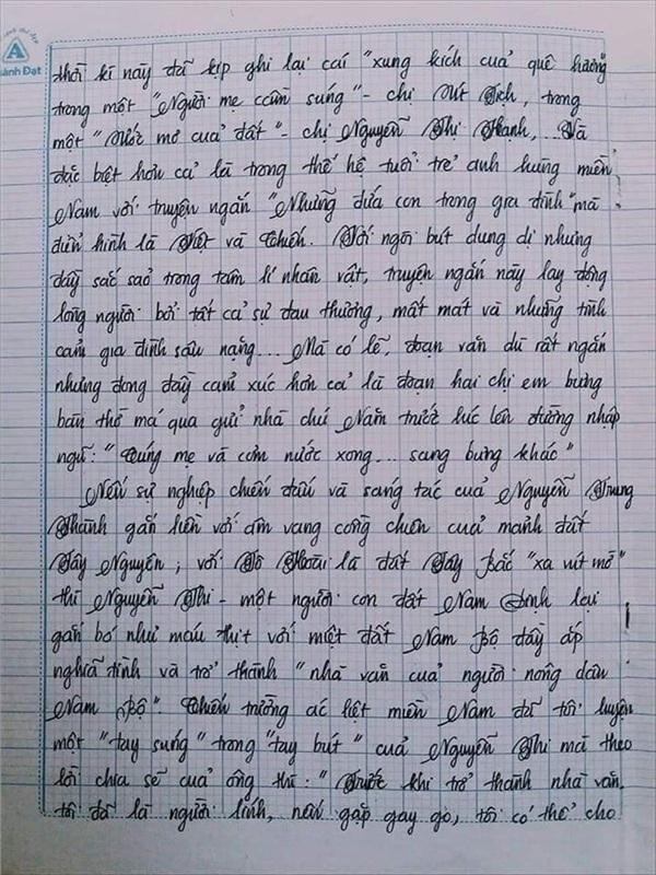 Bài văn 9.5 điểm xuất sắc từ nội dung đến chữ viết, khiến giáo viên bất lực khi viết lời phê-2