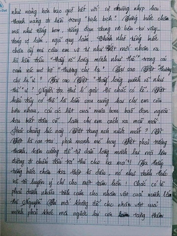 Bài văn 9.5 điểm xuất sắc từ nội dung đến chữ viết, khiến giáo viên bất lực khi viết lời phê-8
