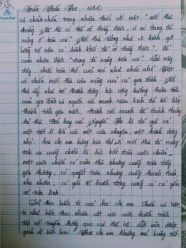 Bài văn 9.5 điểm xuất sắc từ nội dung đến chữ viết, khiến giáo viên bất lực khi viết lời phê-9