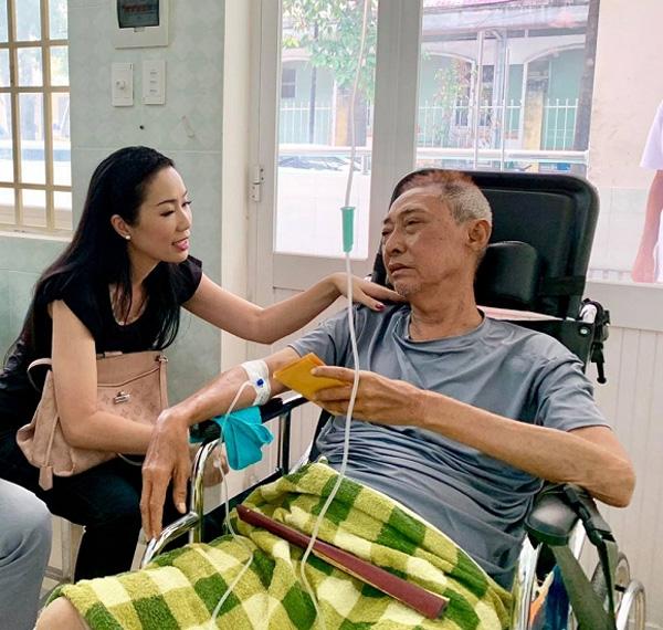 Sốt và hôn mê 2 ngày liên tiếp, nghệ sĩ Lê Bình đang rơi vào tình trạng nguy kịch-4