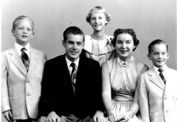 Hé lộ về 4 anh chị em của Tổng thống Trump: Đều có sự nghiệp lẫy lừng, riêng một người chết vì nghiện rượu-1