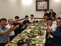 Đình Trọng, Quang Hải thả tym cực đáng yêu khi đi ăn tối cùng HLV Park Hang Seo