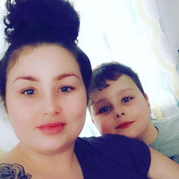 Bỏ con trai 9 tuổi một mình để đi chơi thâu đêm, bà mẹ trở về thấy con đã chết trong vũng máu, thủ phạm là kẻ không ai ngờ-1