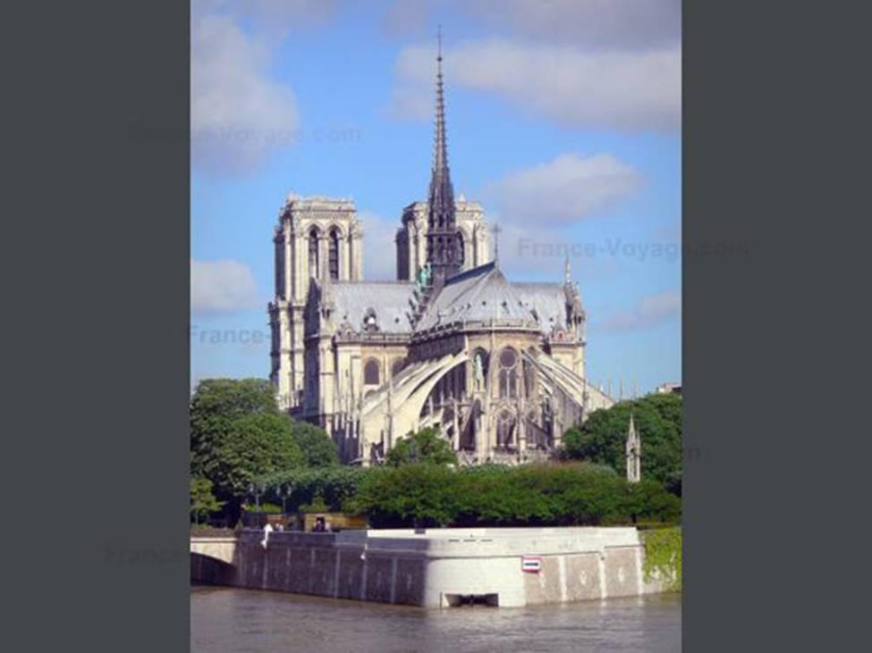 Ngắm lại Nhà thờ Đức Bà Paris, trái tim của nước Pháp trước khi chìm trong biển lửa-5