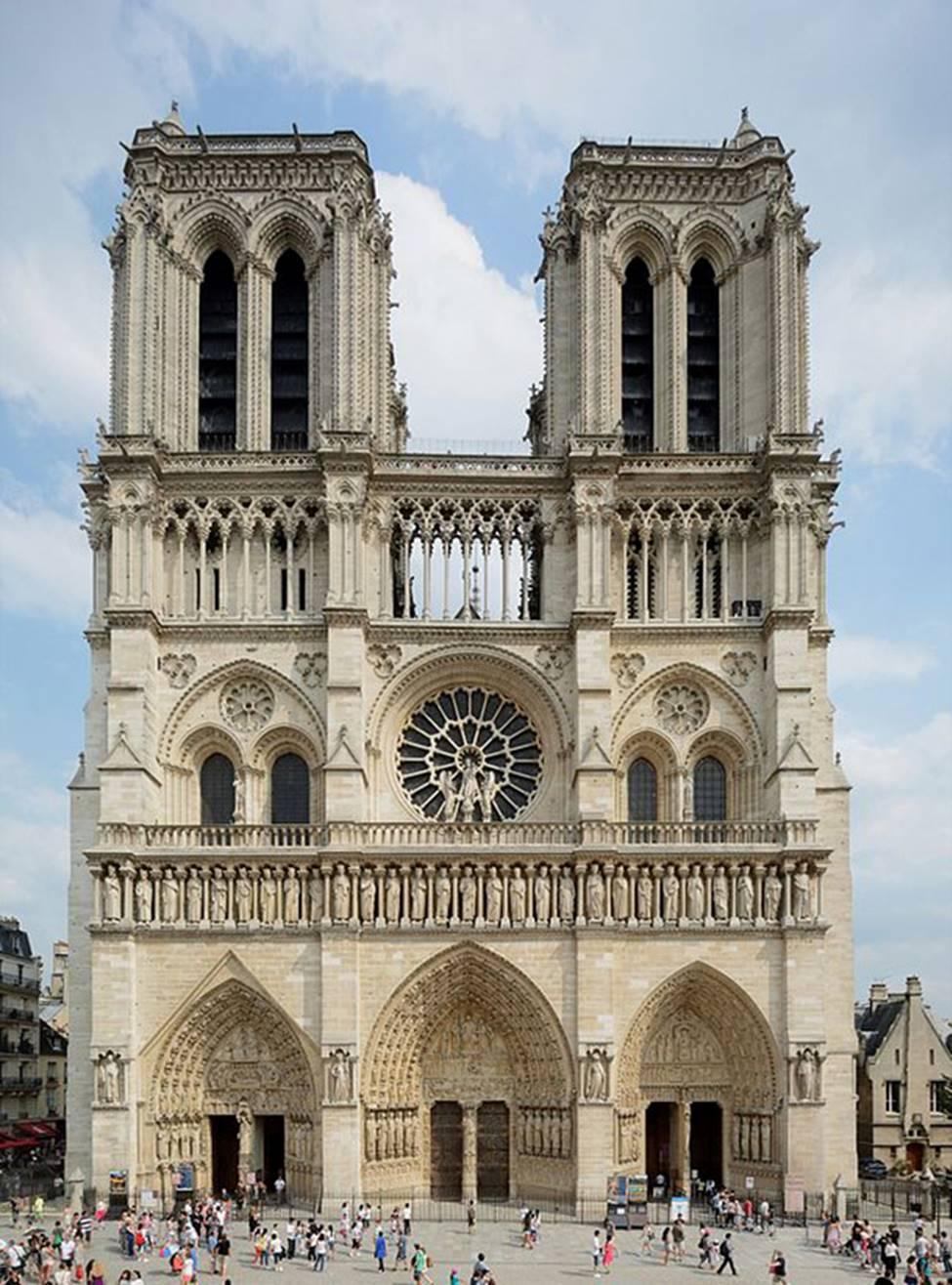Ngắm lại Nhà thờ Đức Bà Paris, trái tim của nước Pháp trước khi chìm trong biển lửa-7
