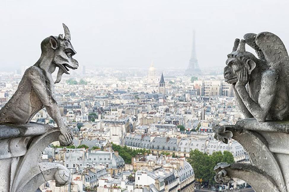 Ngắm lại Nhà thờ Đức Bà Paris, trái tim của nước Pháp trước khi chìm trong biển lửa-13