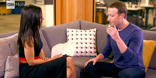Phỏng vấn Zuckerberg, ê-kíp CNN bị theo dõi cả khi vào nhà tắm-1