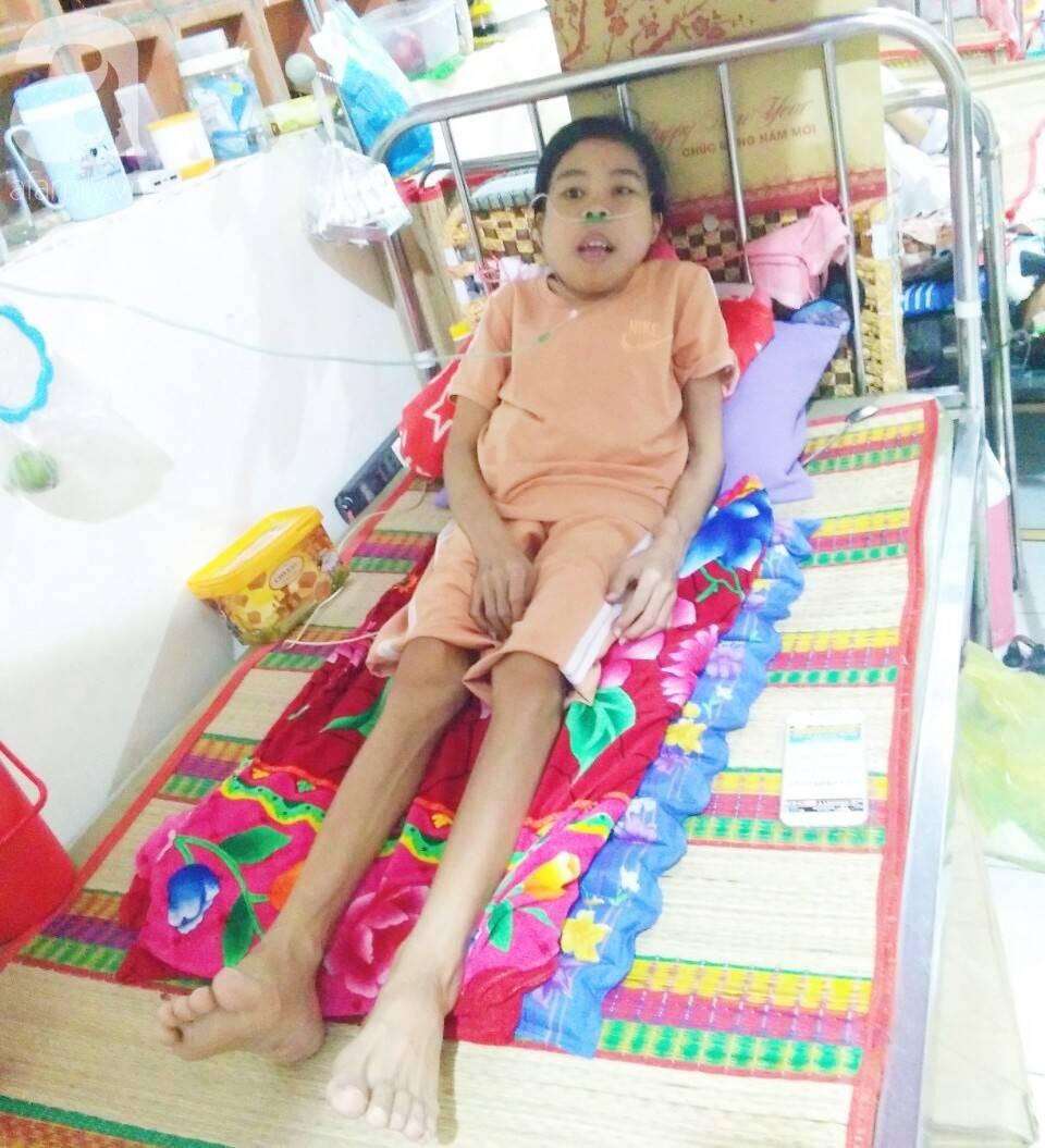 Bị suy thận nhưng vẫn cố giữ thai nhi, người mẹ bị biến dạng khuôn mặt, chấp nhận chết để con gái nhỏ được chào đời-9
