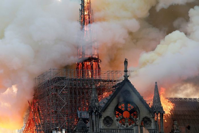 Xúc động vì Notre Dame rực cháy nhưng không khóc than cho bao công trình Việt bị tàn phai: Nào phải vì đú bẩn hay sính ngoại!-5