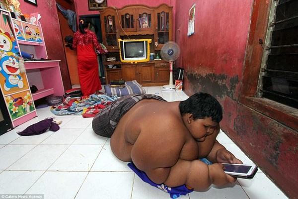 Bé trai nặng 190kg đổi đời khi giảm 104kg nhưng thân hình hiện tại vẫn gây sốc-7