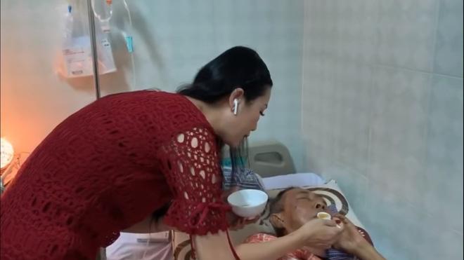 Nghệ sĩ Lê Bình 3 ngày không ăn, đau đớn bật khóc khi Đại Nghĩa, Trịnh Kim Chi đến thăm-1