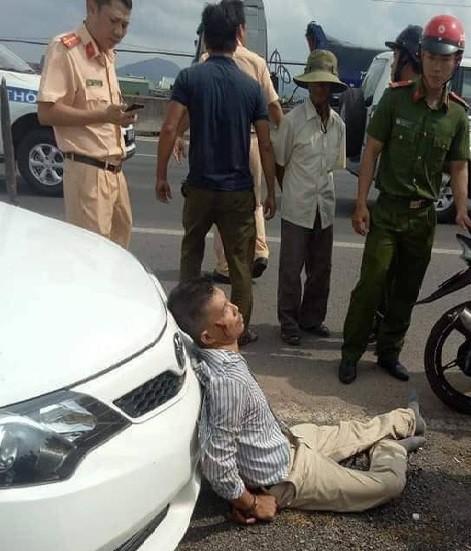 Đại úy CSGT bị lái xe bán tải chèn ngã lúc truy đuổi đang nguy kịch, bị gãy nhiều xương-2