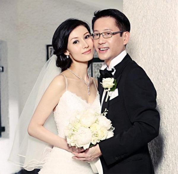 Nữ tỷ phú giàu bậc nhất Hồng Kông: Bị hoa hậu cướp chồng vẫn làm nên đế chế sòng bạc-4