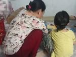 Gần một tháng, người mẹ mòn mỏi chờ công lý, đau khổ khi con gái 5 tuổi nghi bị gã xe ôm 60 tuổi dâm ô trong phòng trọ ở Sài Gòn-7