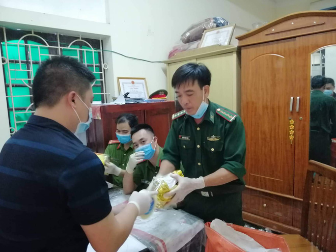 Vụ bắt giữ gần 1 tấn ma túy đá ở Nghệ An: Từ đống rác ven đường đến nhà kho toàn loa thùng-13