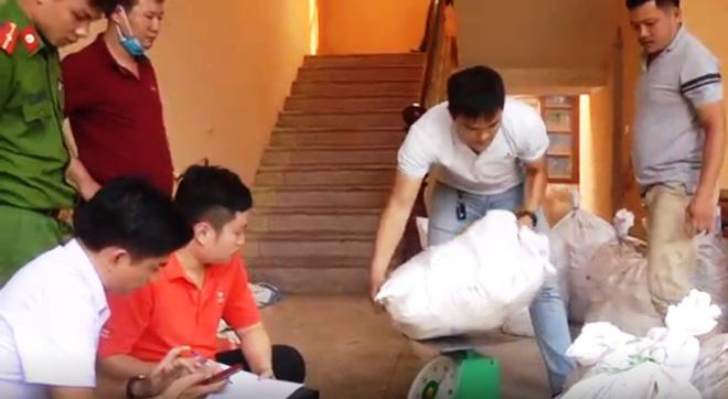 Vụ bắt giữ gần 1 tấn ma túy đá ở Nghệ An: Từ đống rác ven đường đến nhà kho toàn loa thùng-7