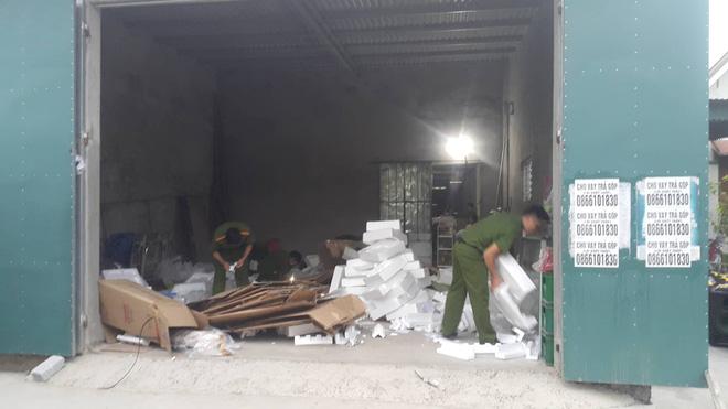 Vụ bắt giữ gần 1 tấn ma túy đá ở Nghệ An: Từ đống rác ven đường đến nhà kho toàn loa thùng-8