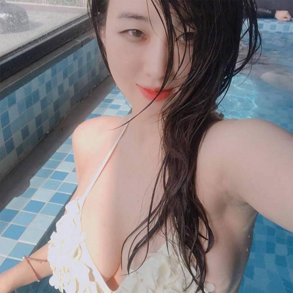 3 siêu phẩm tạp chí đàn ông Hàn có vẻ đẹp khêu gợi, rất đỗi đàn bà-2