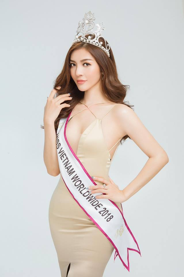Nhan sắc nóng bỏng của Hoa hậu Việt lên truyền hình tìm người yêu-6