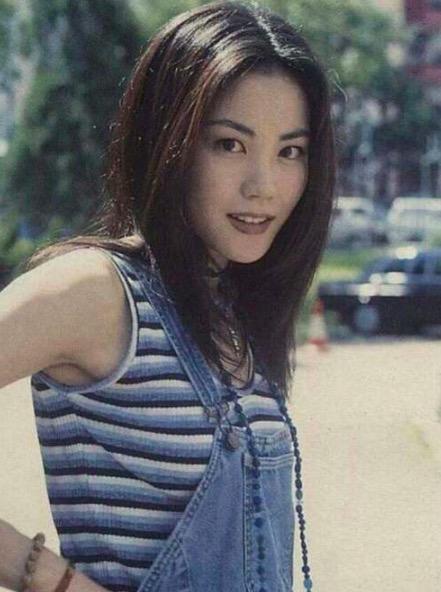 Vương Phi - người đàn bà đẹp khiến Tạ Đình Phong si mê suốt 20 năm-6