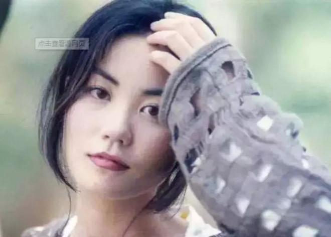 Vương Phi - người đàn bà đẹp khiến Tạ Đình Phong si mê suốt 20 năm-11