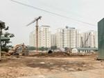 Clip: Hàng chục ngôi nhà ở Hà Nội sụt lún, nứt vỡ gây hoang mang-1