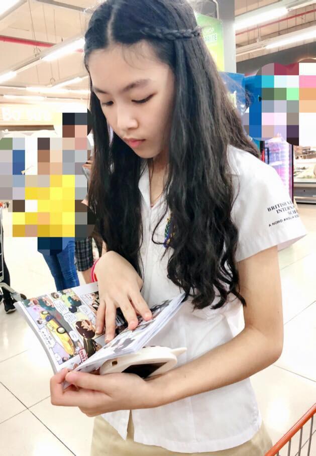Con gái MC Quyền Linh lần đầu catwalk với áo dài, càng nhìn càng thấy thần thái của Hoa hậu tương lai-6