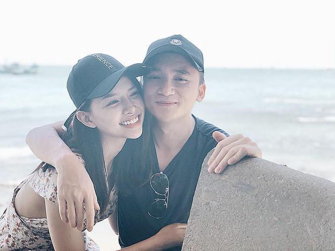 Còn 8 tháng nữa mới hết năm 2019 nhưng Vbiz đã chuẩn bị chờ đón 3 đám cưới hoành tráng của sao Việt-11