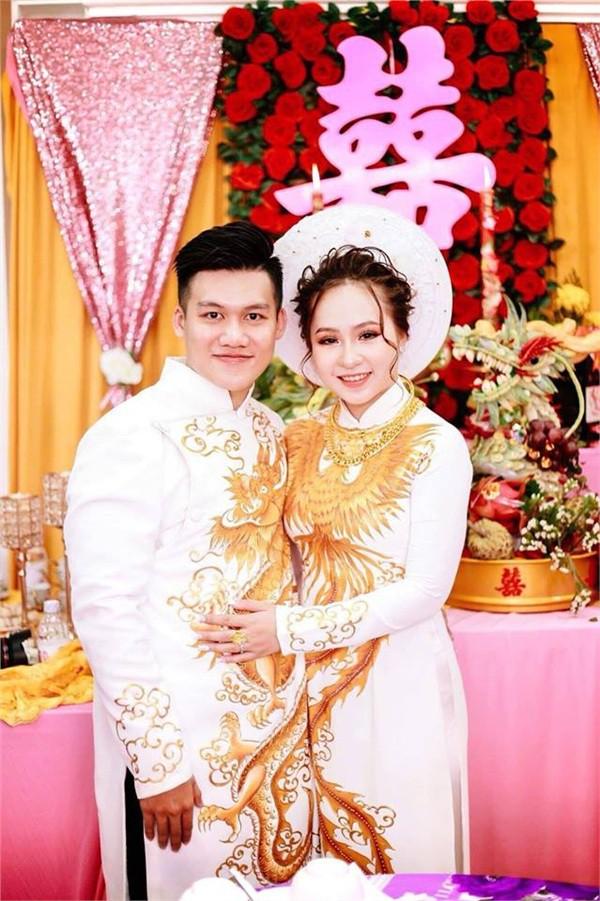 Dân mạng lại kinh ngạc với đám hỏi siêu khủng ở Kiên Giang: Cô dâu 19 tuổi, sính lễ hơn 888 triệu, 14 cây vàng-5