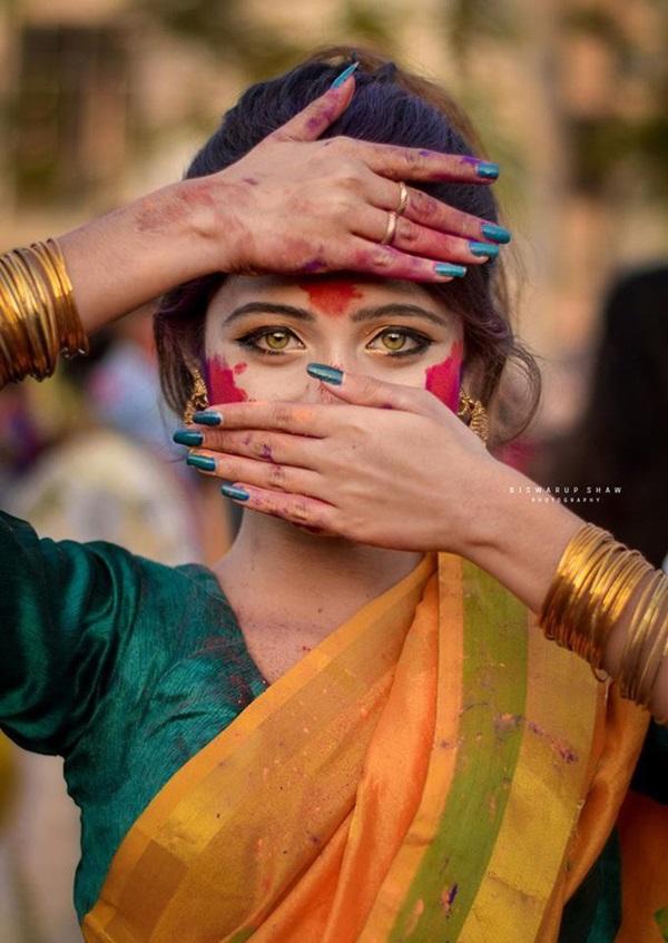 Xuất hiện trong lễ hội, thiếu nữ khiến cộng đồng mạng chao đảo vì nhan sắc đẹp tựa thần tiên-1