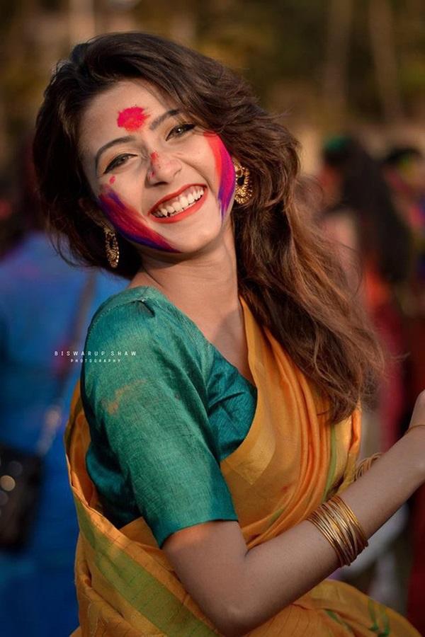 Xuất hiện trong lễ hội, thiếu nữ khiến cộng đồng mạng chao đảo vì nhan sắc đẹp tựa thần tiên-3