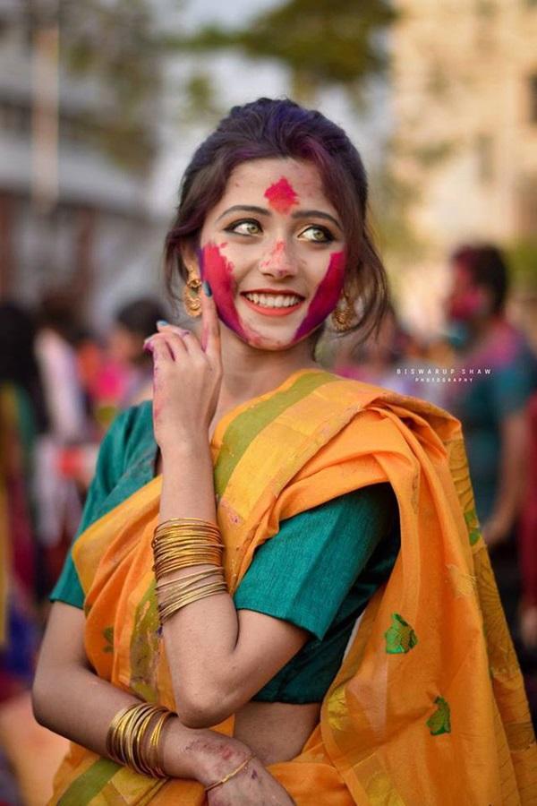 Xuất hiện trong lễ hội, thiếu nữ khiến cộng đồng mạng chao đảo vì nhan sắc đẹp tựa thần tiên-5