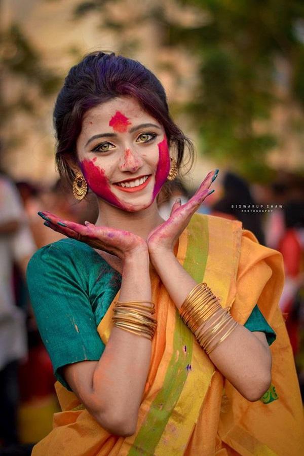 Xuất hiện trong lễ hội, thiếu nữ khiến cộng đồng mạng chao đảo vì nhan sắc đẹp tựa thần tiên-7