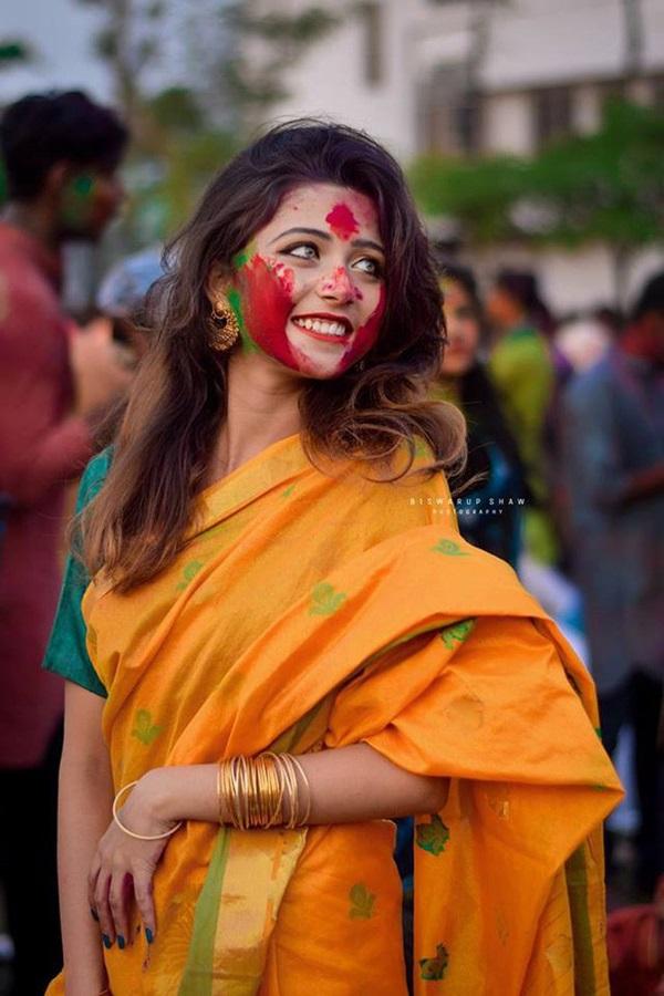 Xuất hiện trong lễ hội, thiếu nữ khiến cộng đồng mạng chao đảo vì nhan sắc đẹp tựa thần tiên-9