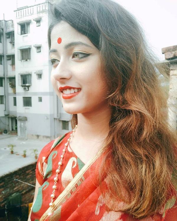 Xuất hiện trong lễ hội, thiếu nữ khiến cộng đồng mạng chao đảo vì nhan sắc đẹp tựa thần tiên-16