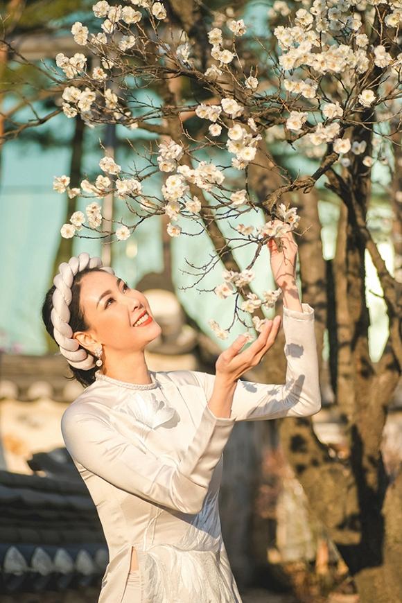 Hoa hậu Hà Kiều Anh trẻ trung, khoe dáng thon gọn ở Hàn Quốc-5