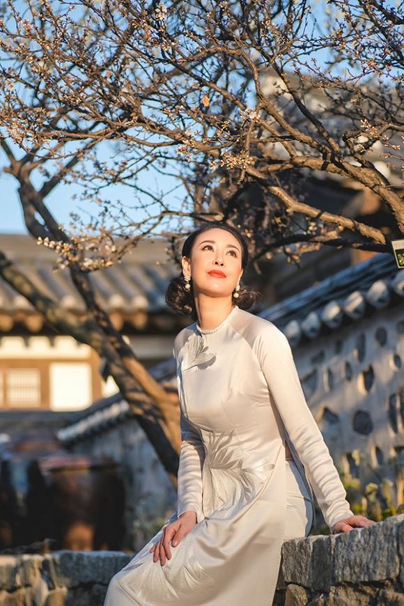 Hoa hậu Hà Kiều Anh trẻ trung, khoe dáng thon gọn ở Hàn Quốc-6